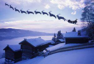 traîneau dans le ciel avec le Père Noël